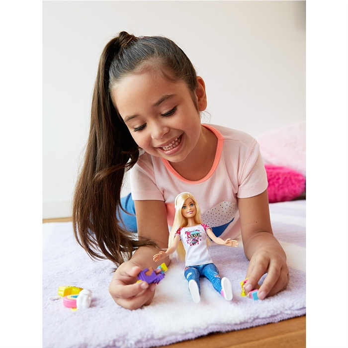 Barbie Video Oyunu Kahramanı Barbie Model Bebek