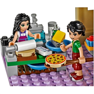 38636_lego-friends-heartlake-pizzeria-41311_4.jpg