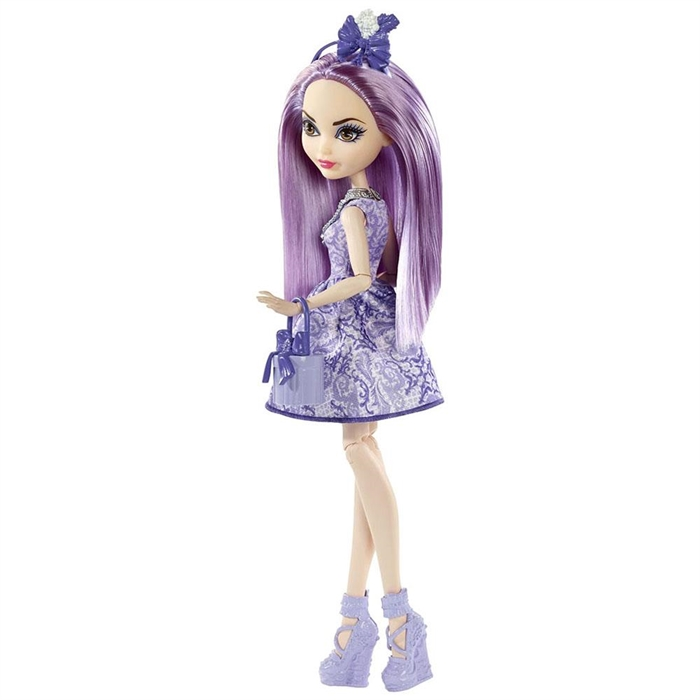 Ever After High Doğumgünü Prensesleri Duchess Swan