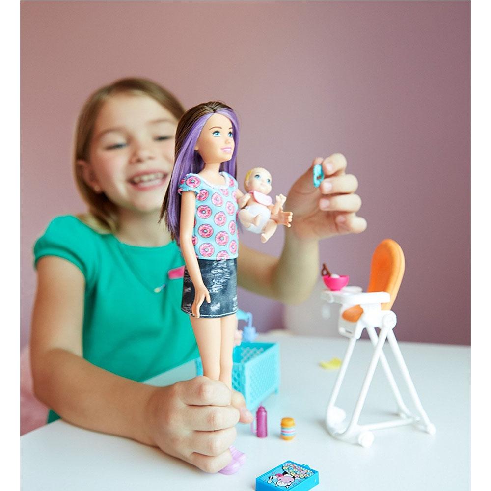 Barbie Skipper Bebek Bakıcılığı Oyun Seti Fhy98 Loco Poco Oyuncak